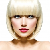 Womens-short-bob-with-straight-bangs